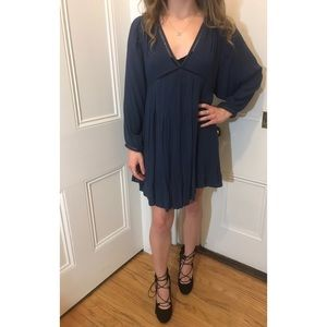 BRAND NEW FREE PEOPLE MIDI DRESS(SIZE EXTRA SMALL)